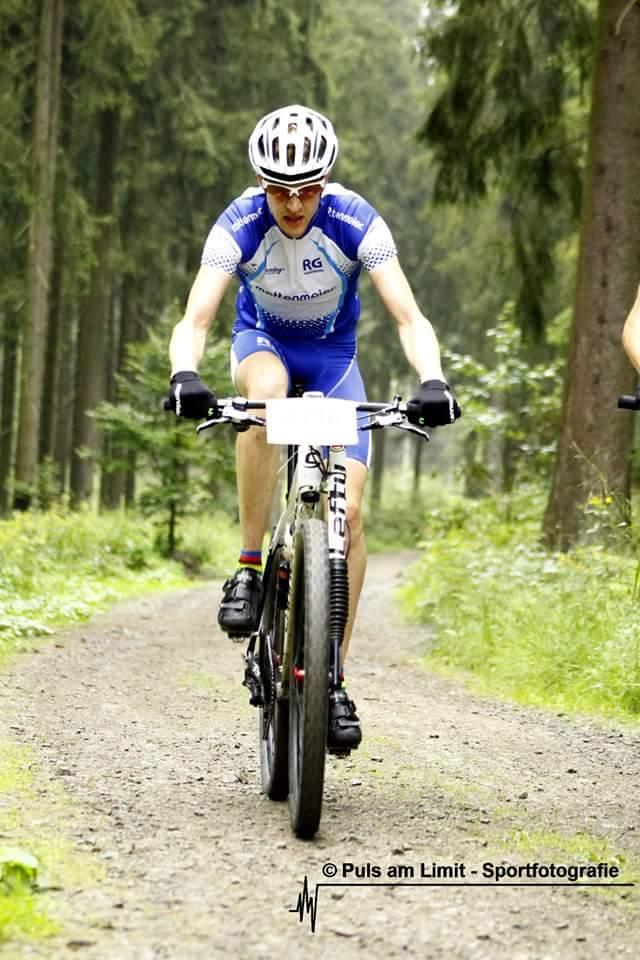 Sebastian Mailänder beim Sauerland Marathon (Foto: Marina Schöttler)
